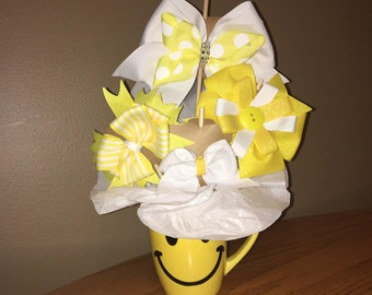 "Girls ""Happy Face"" Gift Hair Bow Bouquet"