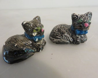 Vintage Cast Metal Little Kittys (2)