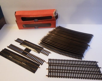 Lionel  and Atlas HO Train Track Parts 50s/60s Era - 24 Pieces