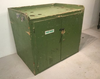 Solid Wooden Industrial Vintage Cupboard - First Aid Cupboard - Green