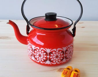 Original FINEL Enamel Teapot  - Designed by Kaj Franck for Arabia Finland 1960s