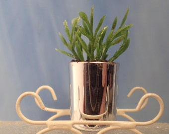 Modern Dollhouse Furniture Plant, 1/18 Lundby dolls house scale. Potted Flower in Silver Planter. Classy dollhouse furniture!