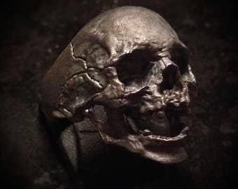 Decayed Skullring