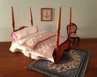 Dollhouse miniature, hand knit afghan/blanket/throw/ beige