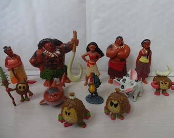 Mister A Gift DISNEYS MOANA set of 12 plastic Cake Toppers