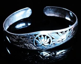 Lotus Symbol Bracelet, Silver