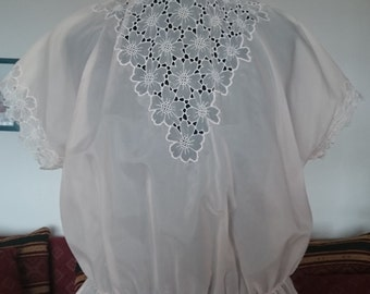 Transparent blouse short sleeve Nude Rose Gr 40 Mandarin collar embroidery Elves glamorous boho style