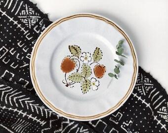 Vintage 70s Floral Dish // American Heathside Berries - n - Cream