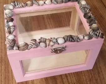 Dusty Rose Display Box with shell adornment