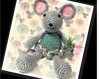 Blossom Mouse Crochet Kit