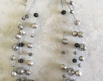 Silver Choker, Silver necklace, silver beads, silver spheres, 3 strand beaded necklace, wire beaded necklace, silver beaded necklace