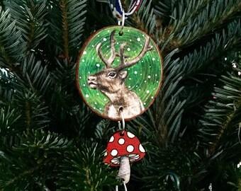 Lumihiutale - Reindeer Hanger Amanita Muscaria Fly Agaric Shaman Spirit Animal