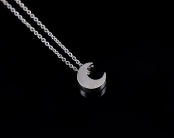 Moon Silver Chain Necklace, Fashion Jewelry, New Moon Necklace, Dainty Silver Necklace, Sterling Silver Necklace, Multi Strand Necklaces
