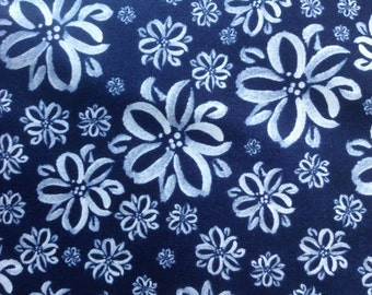 By the HALF YARD - Scatter Joy Sketch Floral Navy by Kathy Davis For Fabric Traditions, white flower heads against a navy blue background