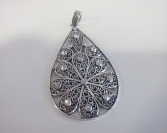 Silver water drop pendant for necklaces,for 3,4 and 5mm size.
