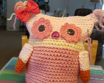 Crochet  owl, Her name is Tutti  Frutti.
