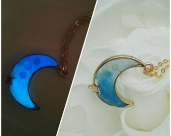 Luminous moon and star necklace,Glow in the dark,resin jewelry,blue moon necklace,Magic Wand,Magic Stick,Sailor Moon