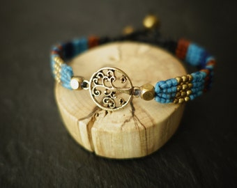 bracelet macrame tree of life blue turquoise and beads