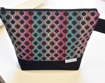Project Bag, Medium Zippered Wedge
