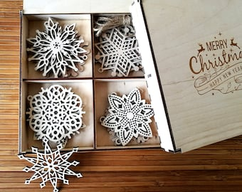 Wooden Snowflake Ornaments, Wood Christmas Decoration, Snowflakes, Christmas tree ornaments, Christmas Gift, Christmas Ornament, Set of 8-20