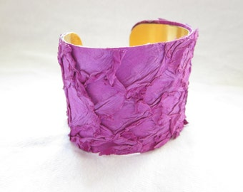 Orchid Fish Leather Cuff, Purple Fish Leather Bracelet, Fish Leather Jewelry, Ecofriendly Jewelry, Fish Leather Cuff, Fish Leather Bracelet