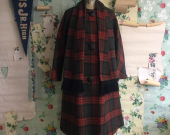 Vintage Plus Size 1960s Plaid Wool Swing Coat. XL/XXL. Olive, and Red.