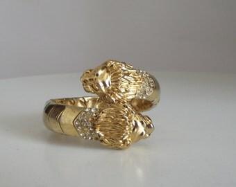 Vintage Double Lion Head Bracelet/ Lion Bracelet/ Goldtone Bracelet