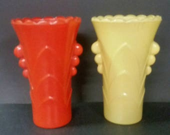Vintage set of 2 Art decor vases. Orange and yellow