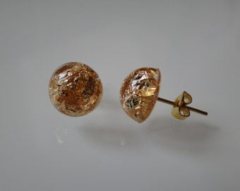 Mini-studs with real gold leaf