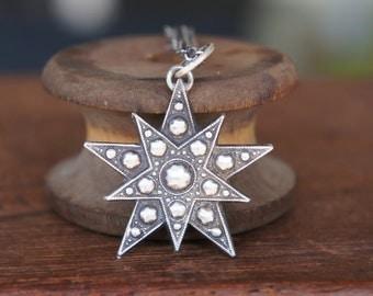 Antique Style Faceted Double Pentagram Star Silver Pendant Necklace