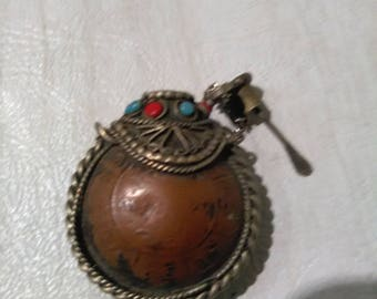 Snuff Bottle Pendant Necklace with Gem Stones And Spoon **** Antique/Vintage*******