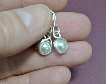 Pearl drop earrings, pearl and silver earrings, glass pearl earrings, glass pearl beads, silver drop earrings, wirewrapped earrings