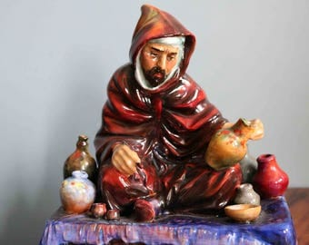 Royal Doulton 'The Potter' Figurine.   Hn1493  Outstanding piece and highly  collectable