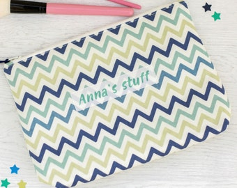 Personalised Zig Zag Design Wash Bag - women's toiletry bag - bridesmaid gift - gift for her  - large makeup bag - personalized toiletry bag