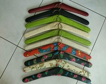 Vintage klerenhangers - 10 kledinghangers van skai flowers ( 4)  - sixties seventies midcentury clothes hanger