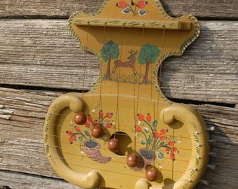 Vintage Musical Door Chime, Vintage Handpainted Stringed Instrument Door Chime, Musical Instrument
