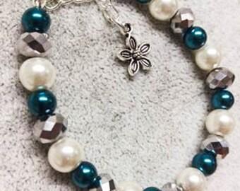 SALE! 50% OFF EVERYTHING! Teal&Pearl Bracelet, Teal Bracelet, Pearl bracelet, Wedding Jeweller, Occassion, Elegant, Unusual