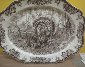 Large TURKEY platter by WEDGWOOD  size dia 52 cm in length and 40 cm width