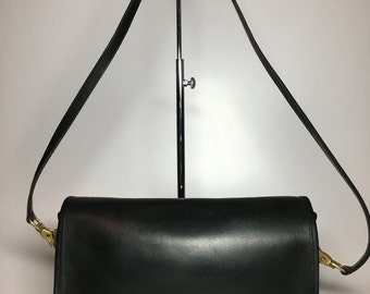 Vintage Coach Glove Tanned Black Leather Bonnie Cashin Crossbody Shoulder Bag Made in New York City, USA Excellent Condition