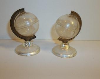 Vintage Globe Plastic Salt And Pepper Shakers