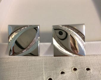 Vintage men's silver-tone stainless silver 60s era geometric cuff links