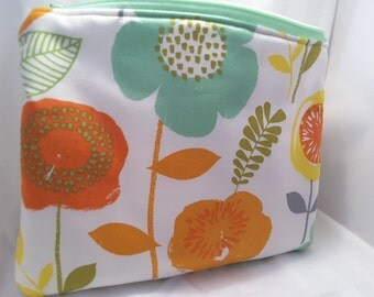 big flower pouch, flowery pouch, fabric flower handbag, fabric flower pouch