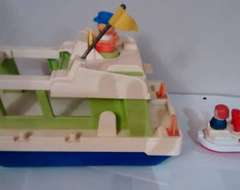 Fisher Price  little people Happy Houseboat #985