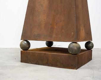 Set 2 x vintage mid century design decorative pyramid sculpture loft bar