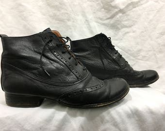 Womens Leather Oxford Boot