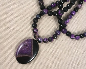 Long purple and black agate and onyx gemstone necklace