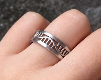 Rna Ring in Sterling Silver Metal, Rna Wedding Ring, Science Ring, Biology Ring, Molecule Ring, Rna Jewelry, Genetics Ring, Genetics Jewelry
