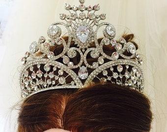 BOUDICCA - Tiara Crown