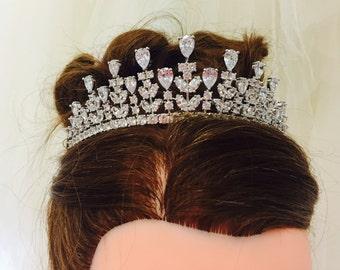 HYACINTH - Tiara Crown