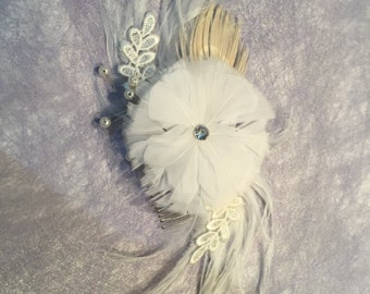 DAPHNE - Flower & Feather Hair Piece